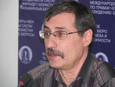 Евгений Жовтис
